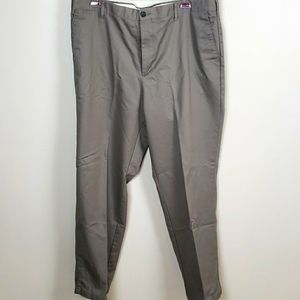 Dockers Classic Fit Workday 100% Cotton 40x32 EUC